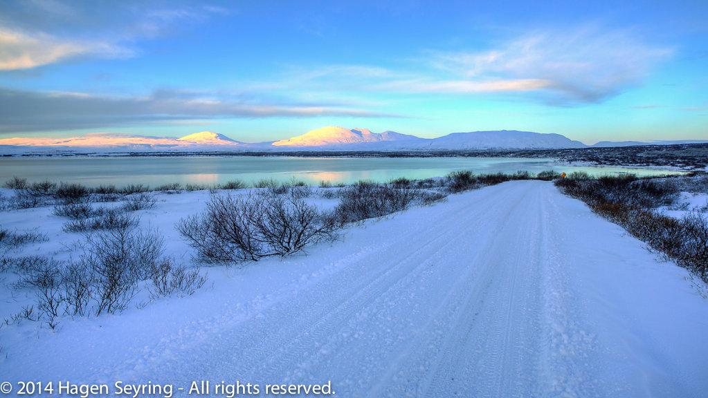 Pingvalla Vatn, Iceland