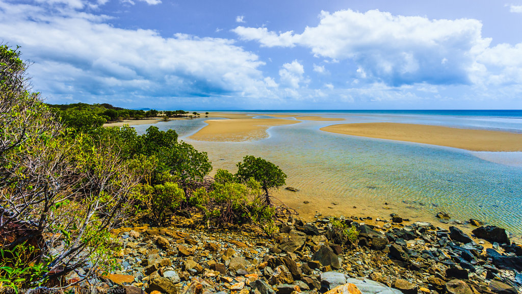 Tide on the coast of Queensland